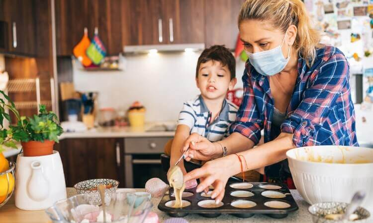 3 Easy Desserts Recipes That Moms Can Make With Their Kids