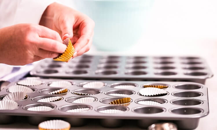 How Much To Fill In Cupcake Liners: Sure-Fire Tips