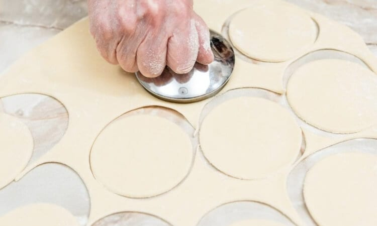 How To Use A Dough Press In Baking Goodies