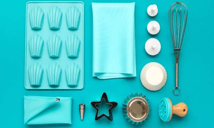 The 7 Best Baking Tools For Cakes